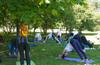 утренняя йога в парке 850 лет