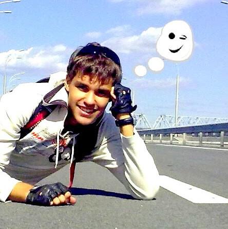 http://katushkin.ru/imgcache2/profile-photo-580x350/94/dd/5c952ab46bba10dfce79a51e265b-100927.jpg